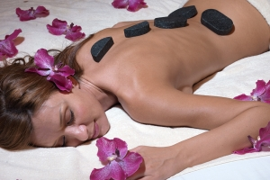 Massaggio Hot Stone mineral massage